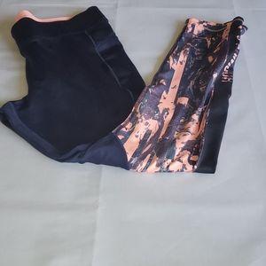 UnderArmour Women's Cold Gear Compression Leggings